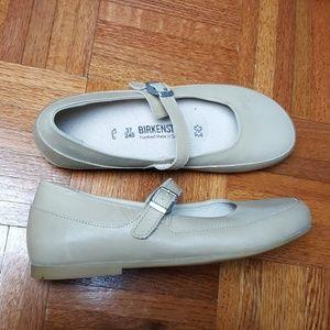 BIRKENSTOCK leather flat loafers